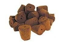 Tacos de siembra mezcla de turbas y cortezas pre-fertilizados unidas entre sí con polímeros bio-degradables de origen vegetal